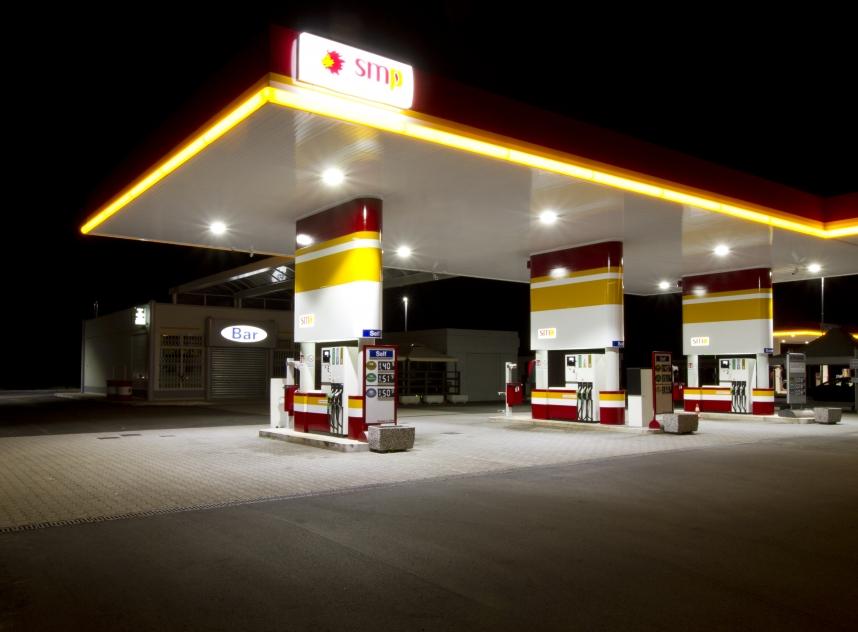 Hitechled - stazione di servizio San Marco Petroli 0